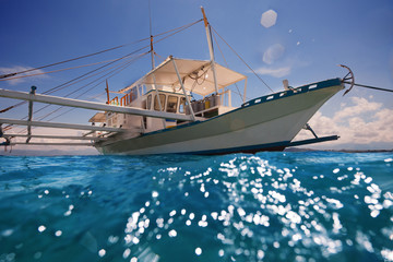 Filipino outrigger ready to navigate