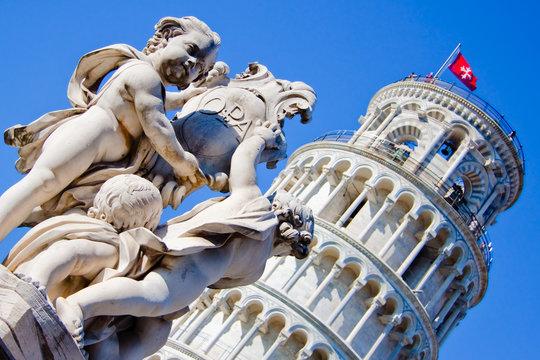 Piazza del Duomo - Tower of Pisa