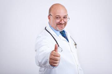 Arzt ist zufrieden