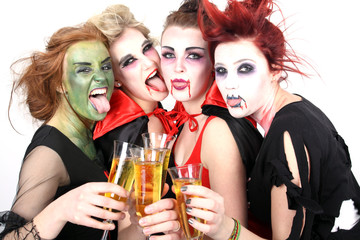 Party feiern im Kostüm