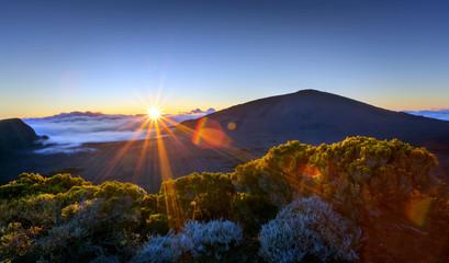 Lever de soleil sur le Piton de La Fournaise