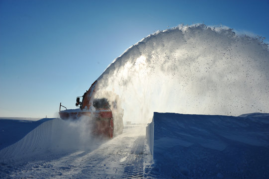 snow removal cleaning in winter