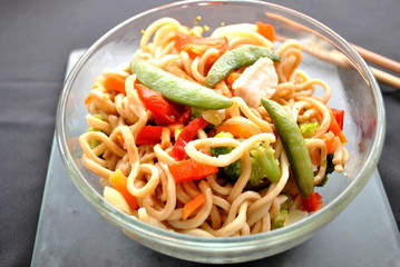 Lo Mein with Chicken and Vegetables