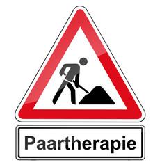 Warnschild RAL 3001 signalrot freigestellt - Paartherapie
