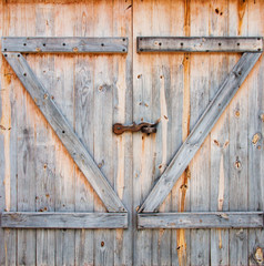detail of wooden barn door
