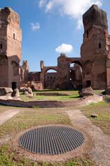 Fototapete - Terme di Caracalla calidarium ruins vertical Roma - Italy