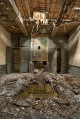Maison abandonnée ravagée par les intempéries