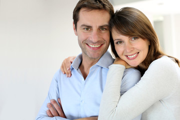 Wall Mural - Portrait of married couple at home
