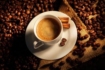 Tuinposter koffiebar tazzina di caffè fumante