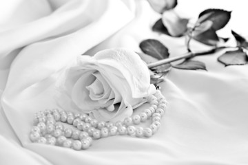 Roses with pearls in black and white