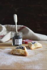 Песочное печенье с начинкой из сухофруктов и мака