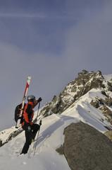 Poster de jardin Alpinisme Bergsteiger am gipfelgrat