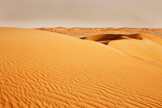 A view of the sandstorm coming over the Arabian desert