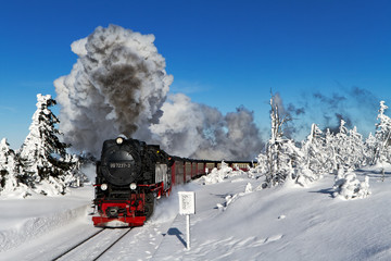 Harz Brockenbahn mit Dampflok 99 7237-3