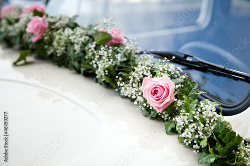 Brautauto Blumenschmuck Stock Photo And Royalty Free Images On