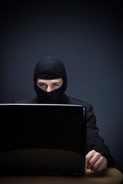 Internetkriminalität