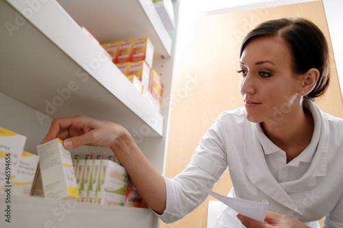 pta mit rezept und arzneimittel stockfotos und lizenzfreie bilder auf bild 46594656. Black Bedroom Furniture Sets. Home Design Ideas