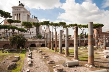 Fotomurales - Fori Imperiali and Monumento a Vittorio Emanuele 2 at Roma - Ita