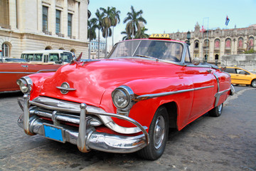 Wall Murals Cars from Cuba Classic Oldsmobile in Havana.