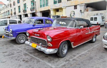 Photo sur Aluminium Voitures de Cuba Classic american cars in Havana.