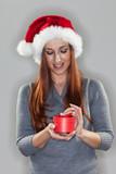 weihnachtliches geschenk stockfotos und lizenzfreie. Black Bedroom Furniture Sets. Home Design Ideas