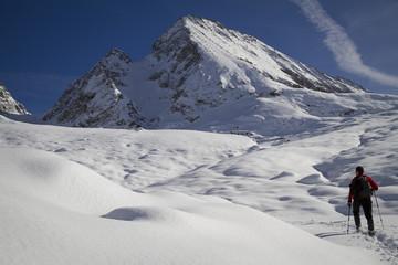 traccia nella neve verso il basodino