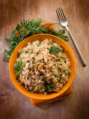 risotto with fresh salmon and green pepper