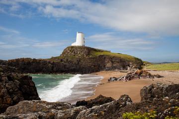 Fototapete - Llandwyn Island