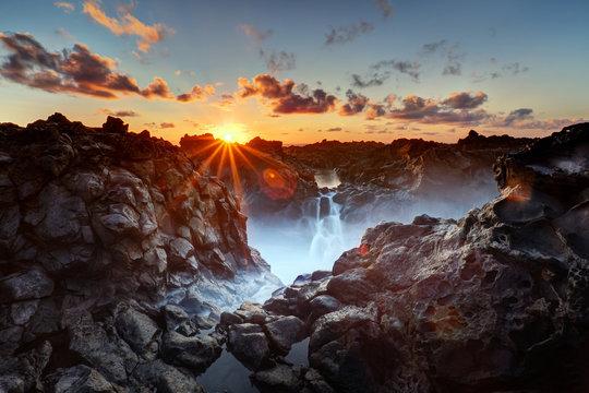 Gouffre de l'Etang-Salé au crépuscule - La Réunion