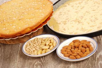 TORTA  CON MANDORLE E PINOLI (CAKE WITH ALMOND AND PINE NUTS)