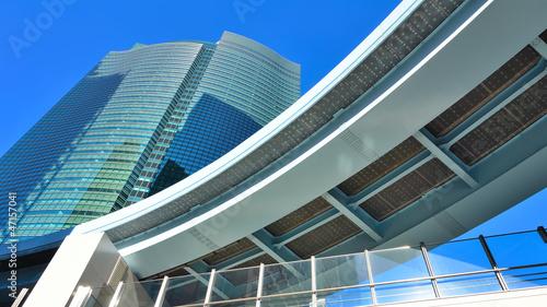 Futuristische architektur in tokyo stockfotos und lizenzfreie bilder auf bild - Futuristische architektur ...
