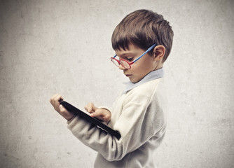 Child with the Tablet