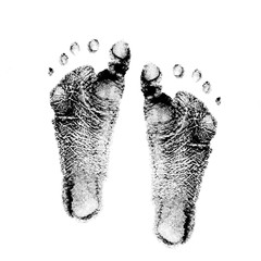 baby feet ink prints