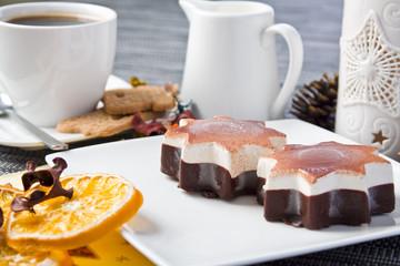 Kawa z lodami oraz ciastko 2