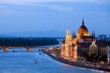 Printed kitchen splashbacks Budapest Parliament Building in Budapest at Evening