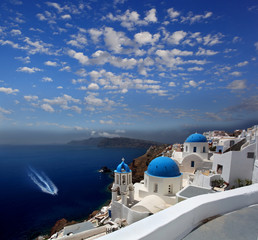 Foto op Plexiglas Santorini Santorini with churches in Greece