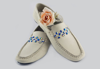 Цветок и обувь