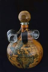 Деревянная бутылка