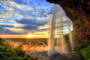 Poster de jardin Cascades Seljalandfoss waterfall at sunset in HDR, Iceland