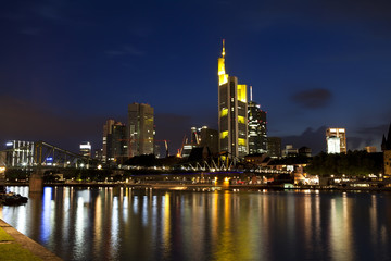 Fototapete - colorful Frankfurt am Main at night