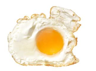 Huevo frito aislado.