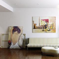 Modern Room with Artwork II (focused)