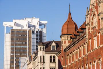 Obraz Mieszanka stylów architektonicznych w centrum Katowic, Śląska - fototapety do salonu