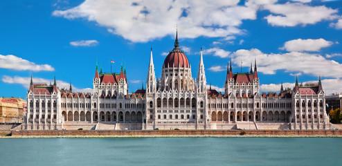 Printed kitchen splashbacks Budapest Hungarian parliament in Budapest, Hungary