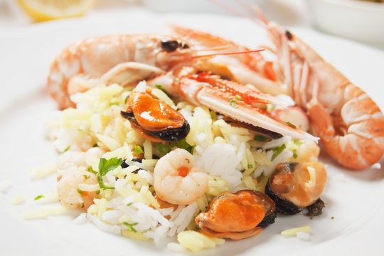 Shrimps and seafood risotto
