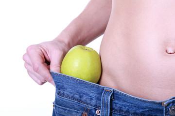 Bauch und Apfel