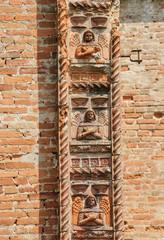 Santa Maria di Bressanoro, terracotta decorations