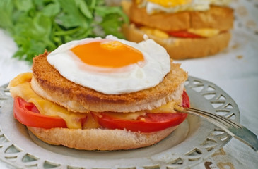 Sandwich with egg
