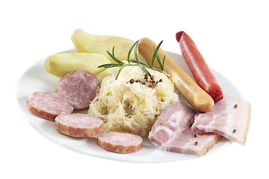 Assiette de Choucroute Garnie