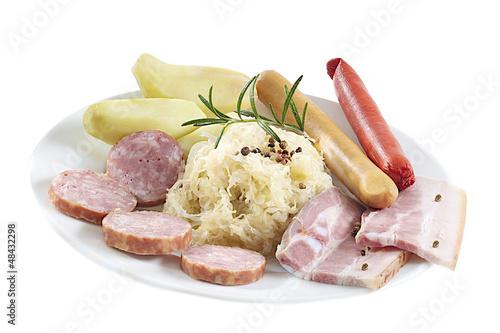 """""""Assiette de Choucroute Garnie"""" photo libre de droits sur ..."""